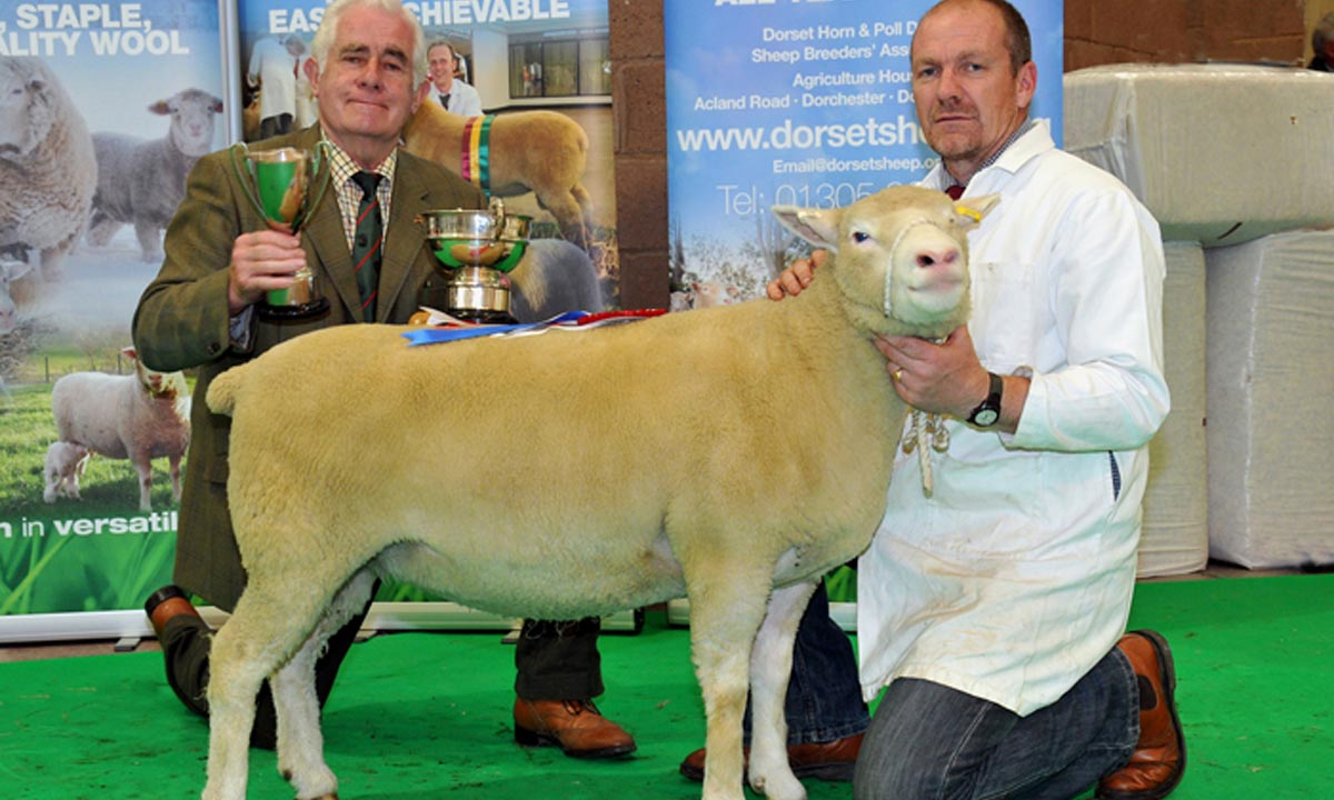 Blackhill Wins at May Fair 2012